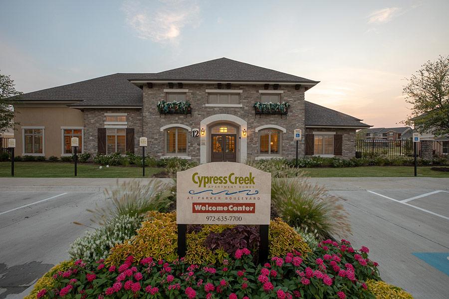 Cypress Creek Apartment Homes at Parker Boulevard